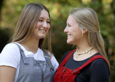 Teenager BFF Fotos 2 junge Fraue Outdoor